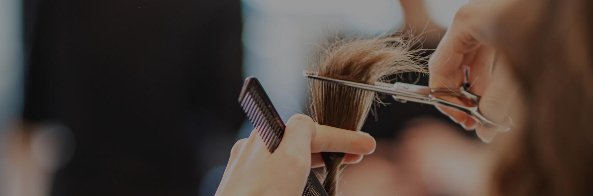 Taglio e acconciatura capelli donna - Jo Capelli